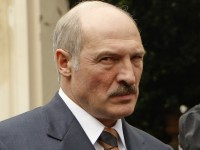 Belarus' President Alexander Lukashenko speaks to reporters after a meeting with the Knights of Malta at their headquarters in Rome April 28, 2009. Lukashenko, long shunned by the West, on Monday met Pope Benedict on a trip to Italy that ends more than a decade of diplomatic isolation.  REUTERS/Remo Casilli        (ITALY POLITICS RELIGION HEADSHOT)