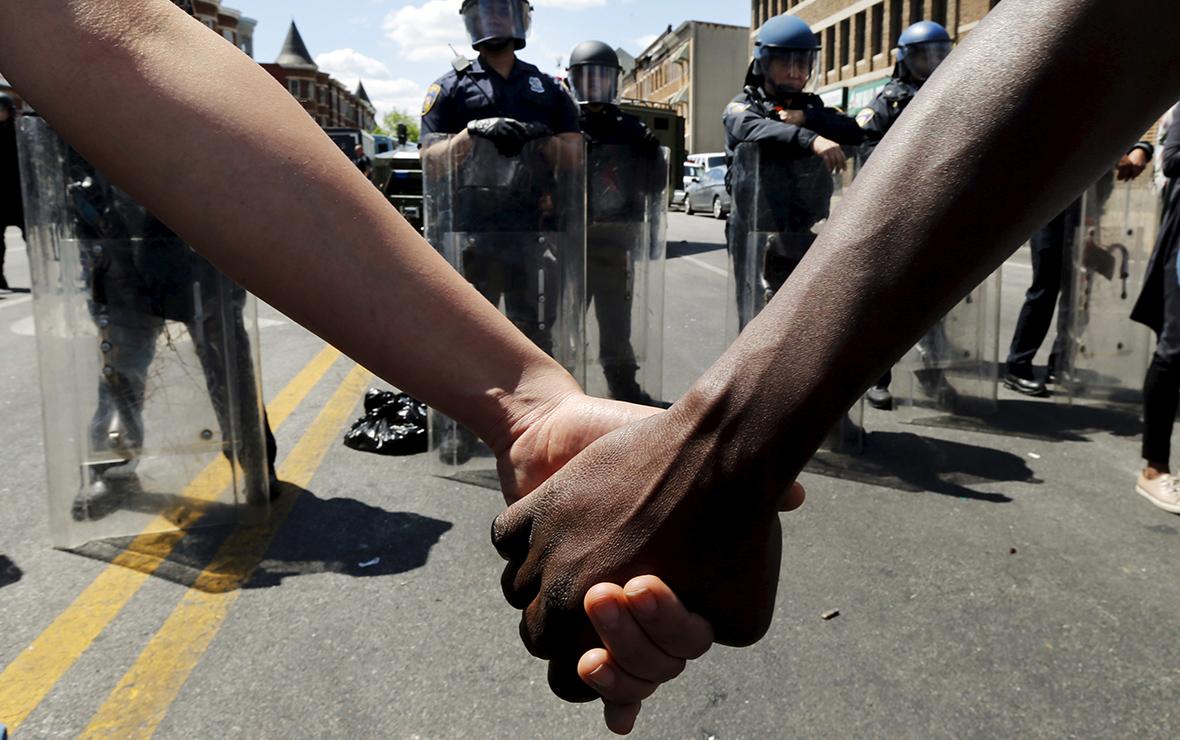 США должны осуждать проявление идеологии превосходства белой расы, - ООН