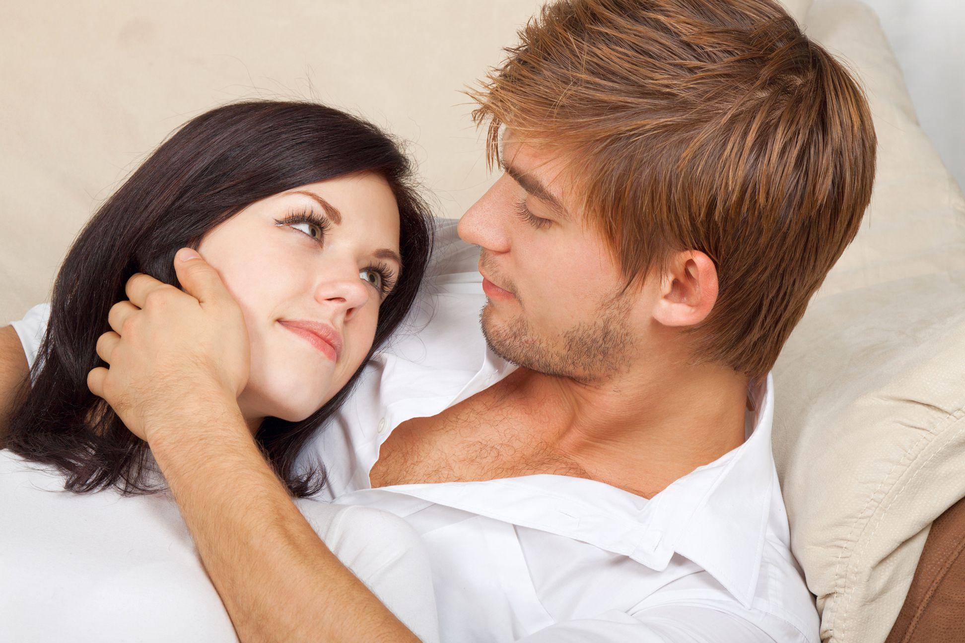 романтические вопросы для двоих, вопросы для пары на знание друг друга для двоих, какие вопросы сближают людей, что спросить у человека чтобы узнать его получше fdlx.com