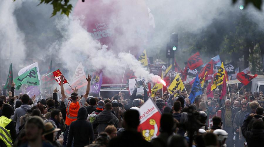 Франция: за сутки до старта Евро-2016 забастовщики угрожают парализовать страну