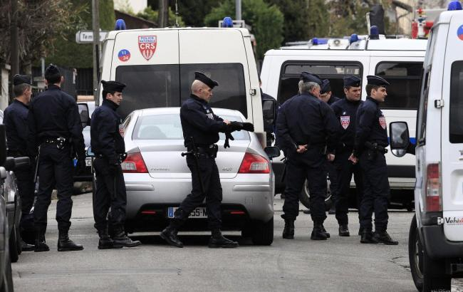 Убийство полицейского в пригороде Парижа: ответственность взяла на себя ИГИЛ