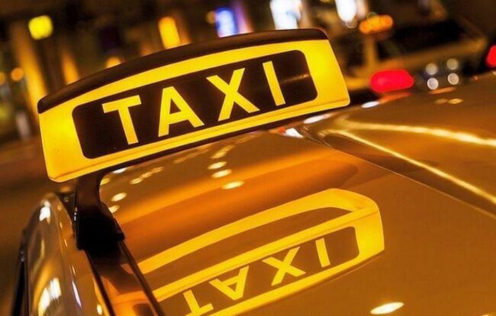 Работа в такси на машине компании: преимущества и выгоды