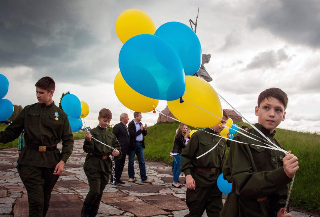 Сегодня Украина чествует память жертв войны