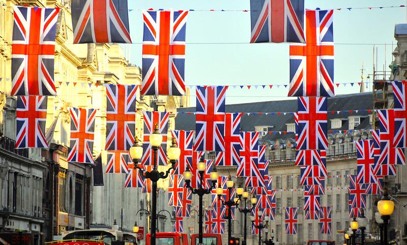В Великобритании побеждают сторонники выхода страны из состава ЕС