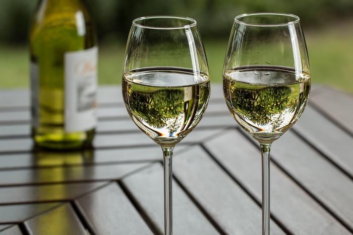 Каковы основные правила употребления вина?