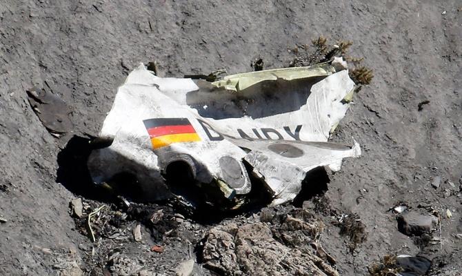 Семьям погибших в А320 авиакомпания Lufthansa выплатит 300 млн компенсаций
