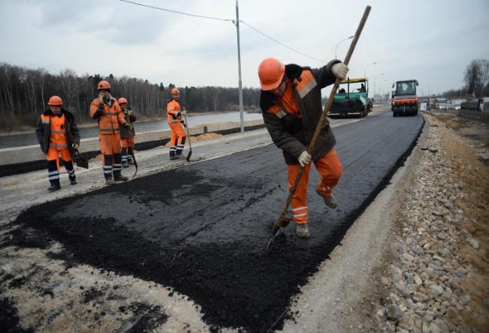100 млн гривен украдено на строительстве украинских дорог, — СБУ