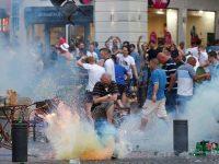 В Марселе второй день происходят столкновения перед футбольным матчем Англия-Россия