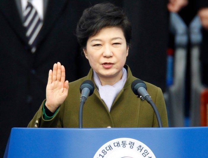 В Южной Кореи объявили импичмент президенту по причине коррупции
