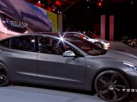 Tesla в пять раз увеличивает объемы производства электрокаров