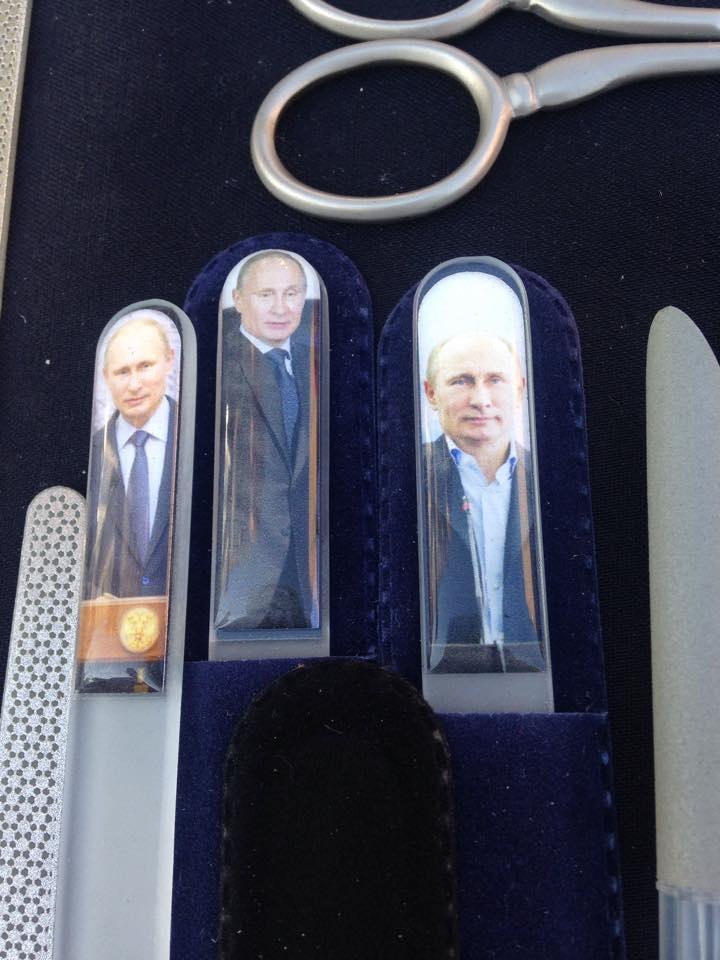 В России начали выпускать пилочки для ногтей с портретом Путина