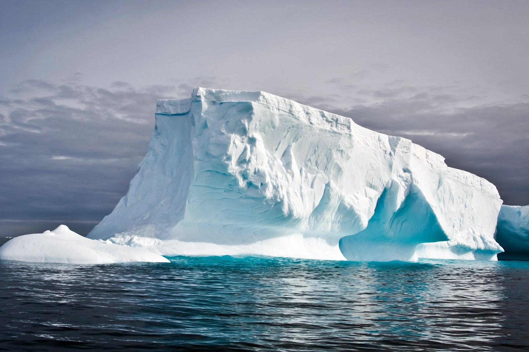 fdlx.com Таяние льдов в Антарктике и Арктике влияет на земную кору