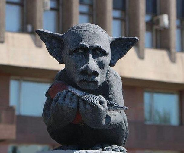"На Байкале установили бюст Путина ""для прямых обращений к гаранту Конституции"" - Цензор.НЕТ 9774"