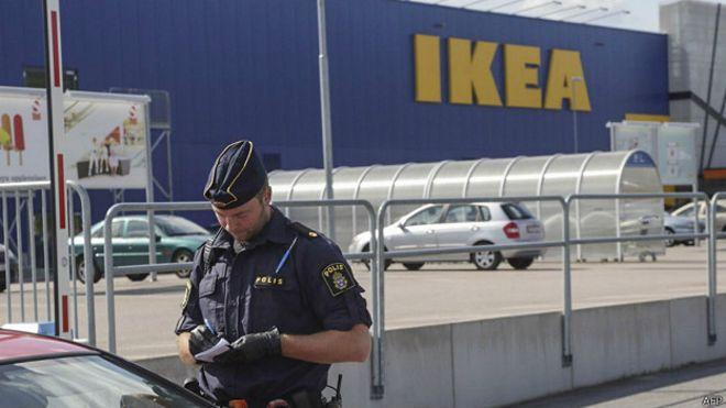 Арестованы два подозреваемых в нападении на покупателей IKEA