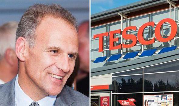 Гендиректор Tesco получил трехмиллионных бонус за вывод компании из «черной полосы»