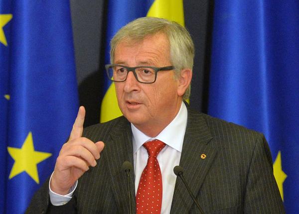 Президент Еврокомиссии лично предупредил Порошенко: без реформ визы не отменят