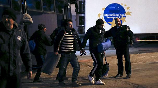 Греция начинает депортацию мигрантов