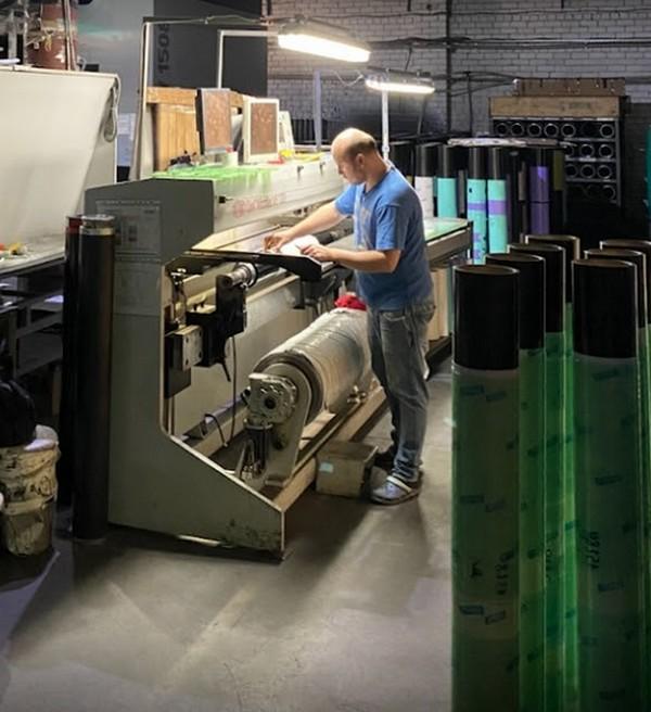 Производство упаковки: основные требования и использование упаковки