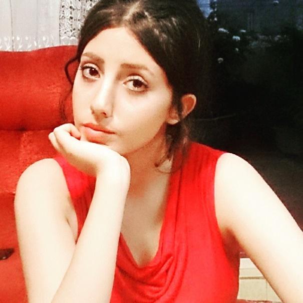 """22-летняя девушка стала """"ходячим мертвецом"""" из-заАнджелины Джоли"""