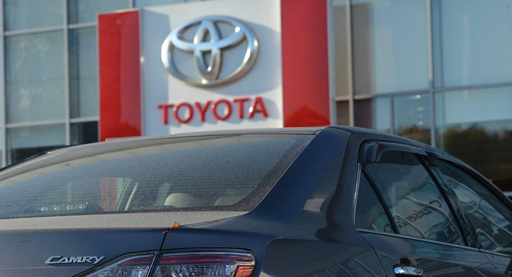 Toyota отзывает почти 3 млн авто со всего мира