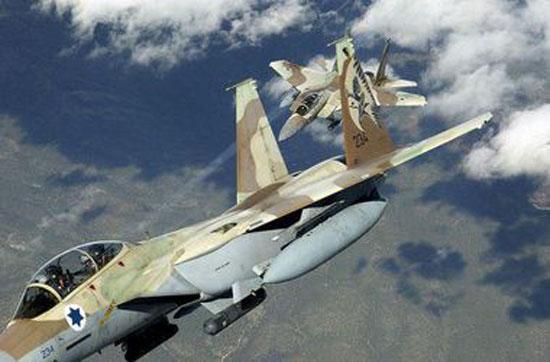 Турецкая авиация впервые обстреляла позиции ИГ в Сирии