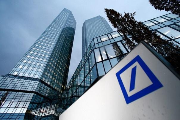 300 млрд евро из Великобритании выводит Deutsche Bank