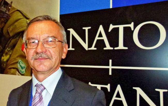 НАТО передало  Украине все «русские» финансы