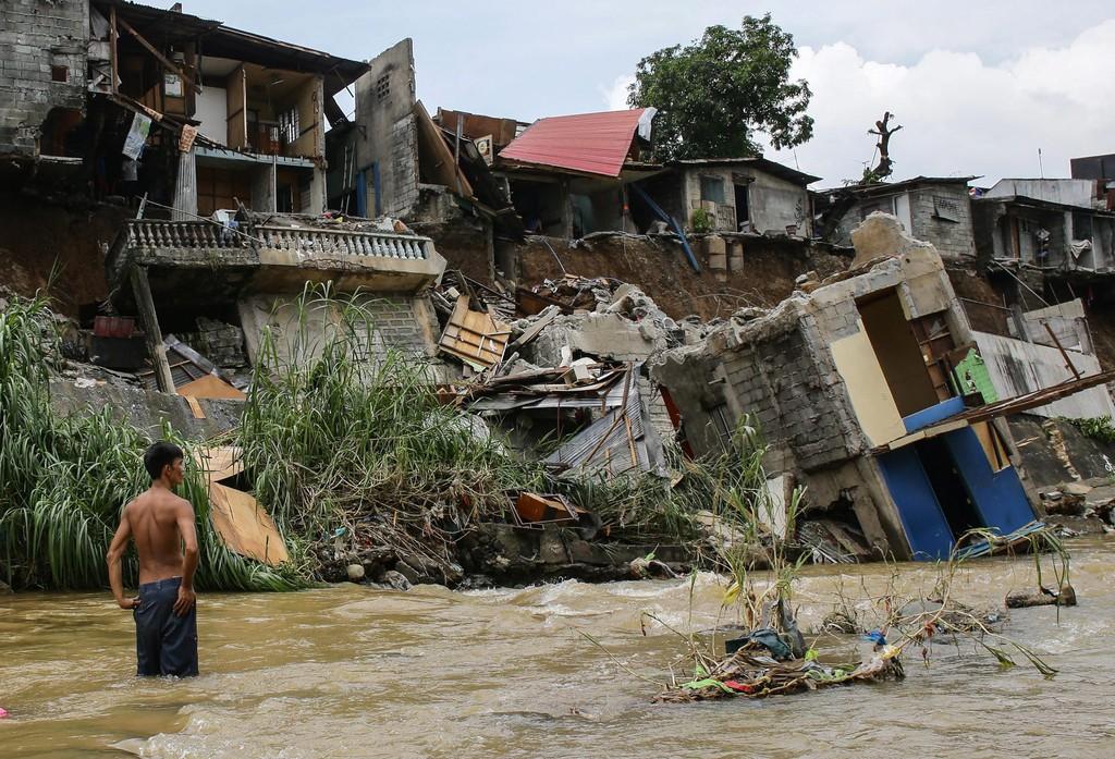 Масштабные оползни на Шри-Ланке: десятки погибших, 200 семей пропавших без вести