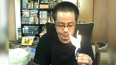 Японский блогер случайно сжег свою квартиру в прямом эфире (видео)