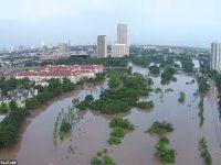 Наводнение в Техасе: есть погибшие (видео)