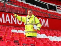 Недоразумение с «подозрительным пакетом» на стадионе будет стоить клубу «Манчестер Юнайтед» 3 млн фунтов стерлингов (видео)