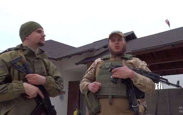 Бойцы «Азова» вывесил флаг США над Широкино, чтобы потролиты Киселева