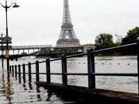 Франция: убытки от наводнения -1 млрд евро (видео)