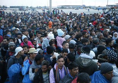 Дания хочет отобрать у мигрантов деньги и ценные вещи