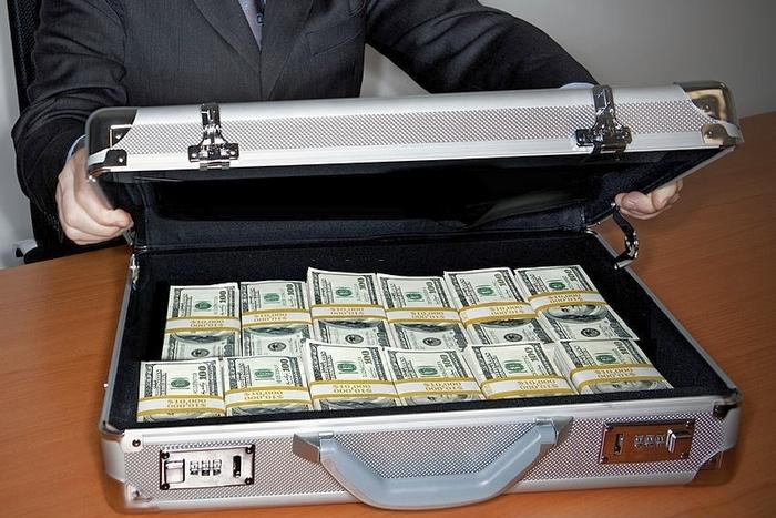 заработать первый миллион, что значит заработать первый миллион, как заработать миллион долларов за 1 день, как заработать миллион в интернете, как заработать миллион гривен, как заработать миллион рублей, как заработать свой первый миллион книга, как получить миллионы, чем заняться чтобы заработать миллион фото fdlx.com