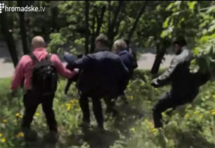 Симоненко сбежал из первомайского митинга