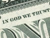 Фраза «In God We Trust» на долларовых купюрах США оспаривается в суде
