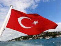 В Турции госслужащим запретили выезд за границу