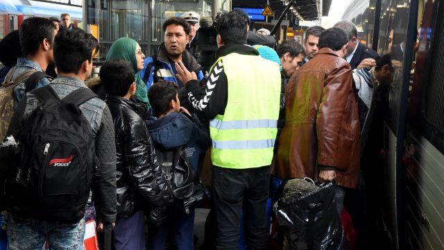 Швеция собирается выдворить 80 тысяч мигрантов, прибывших в прошлом году