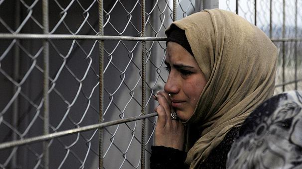 Мигранты в Греции доведены до отчаяния (видео)