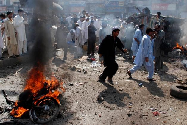 В Пакистане талибы подорвали здание суда, есть погибшие и раненые