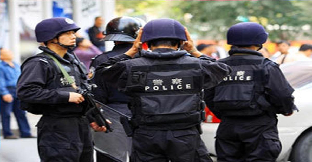 В Китае наркоторговцы захватили семерых заложников (видео)