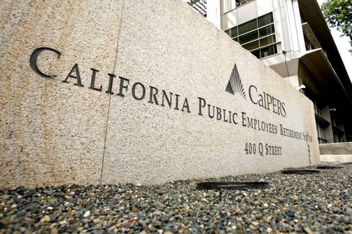Крупнейший американский пенсионный фонд Calpers планирует инвестировать в бонды России
