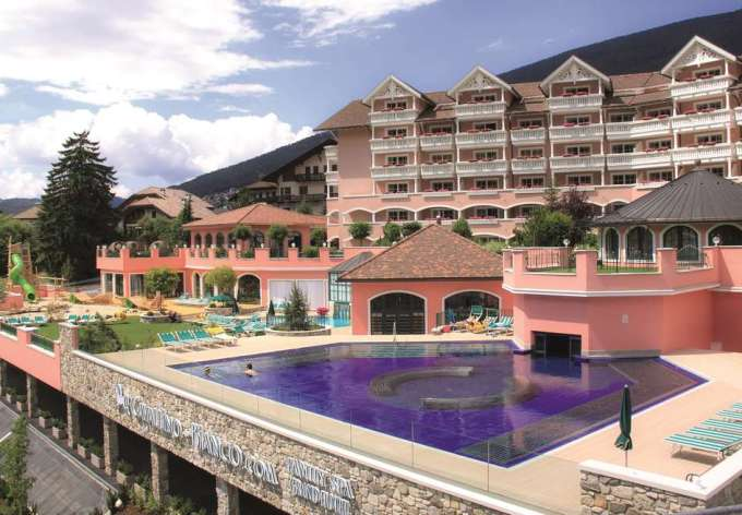 Итальянский Cavallino Bianco признан лучшим семейным отелем в мире