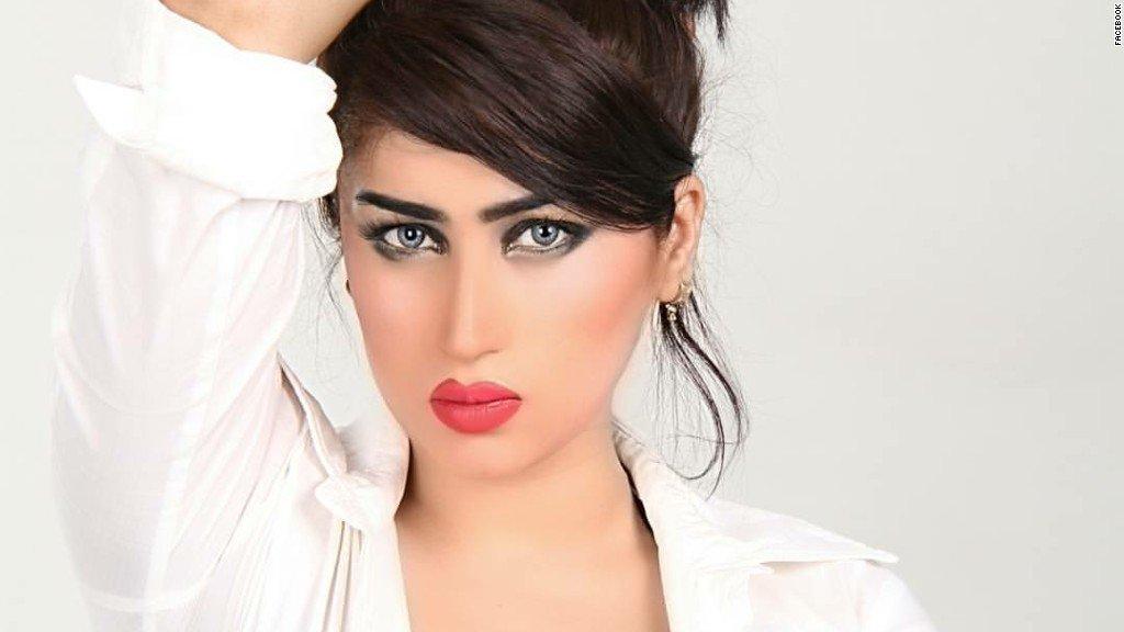 В Пакистане начались протесы после убийства известной модели  (видео)