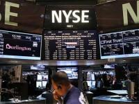 Рекордное падение индекса Dow Jones на 450 пунктов
