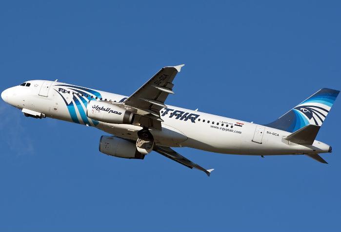 """Найден второй """"черный ящик"""" потерпевшего крушение самолета Airbus A320 EgyptAir"""