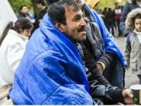 Беженцы в Словении сожгли палаточный лагерь