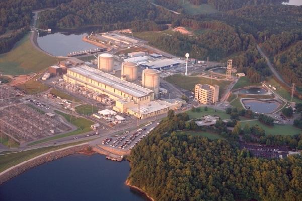 На одной из самых мощных АЭС США прогремела серия взрывов