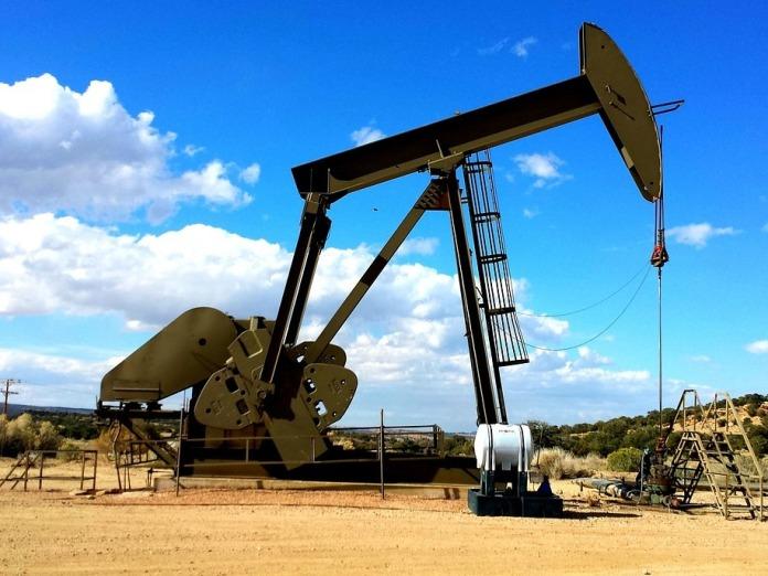 Обвалившись более чем на 6% нефть Brent уверенно идет к $31, WTI - к $30